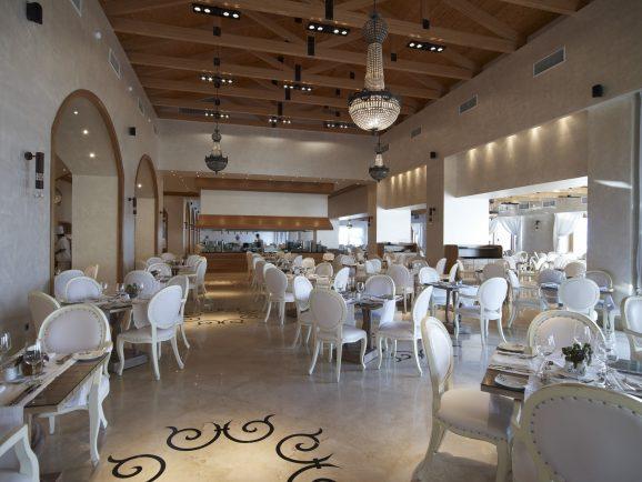 Mitsis Kos Bluedomes Main restaurant