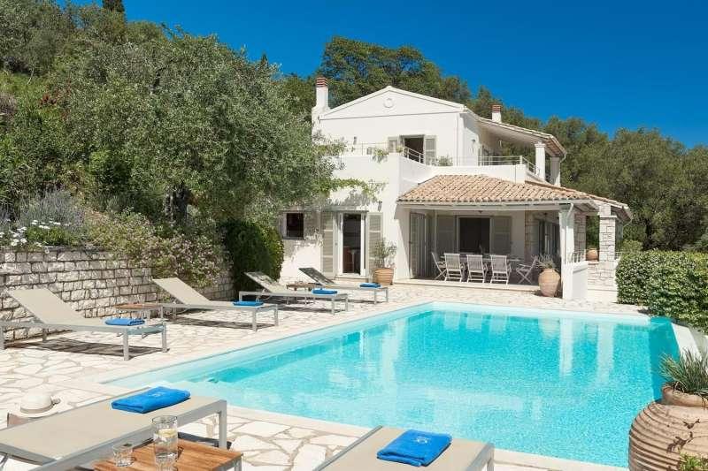 Villa Kentromadi