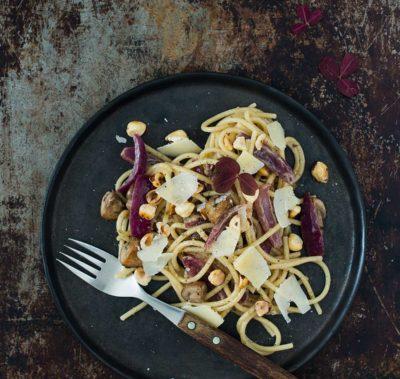 Recept: Pasta med champinjoner och karamelliserad rödlök | Frk. Kräsen