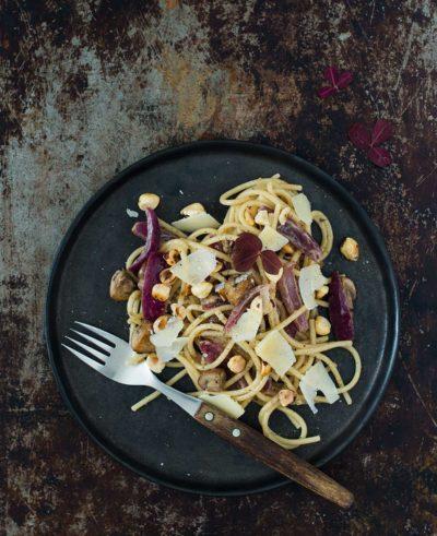 Recept: Pasta med champinjoner och karamelliserad rödlök   Frk. Kräsen