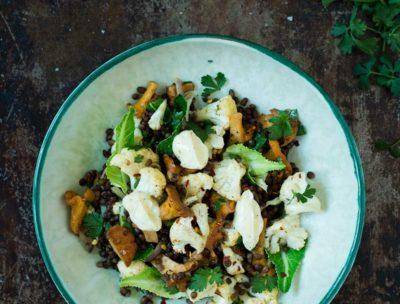 Recept: Sallad med linser, blomkål och kantareller   Frk. Kräsen