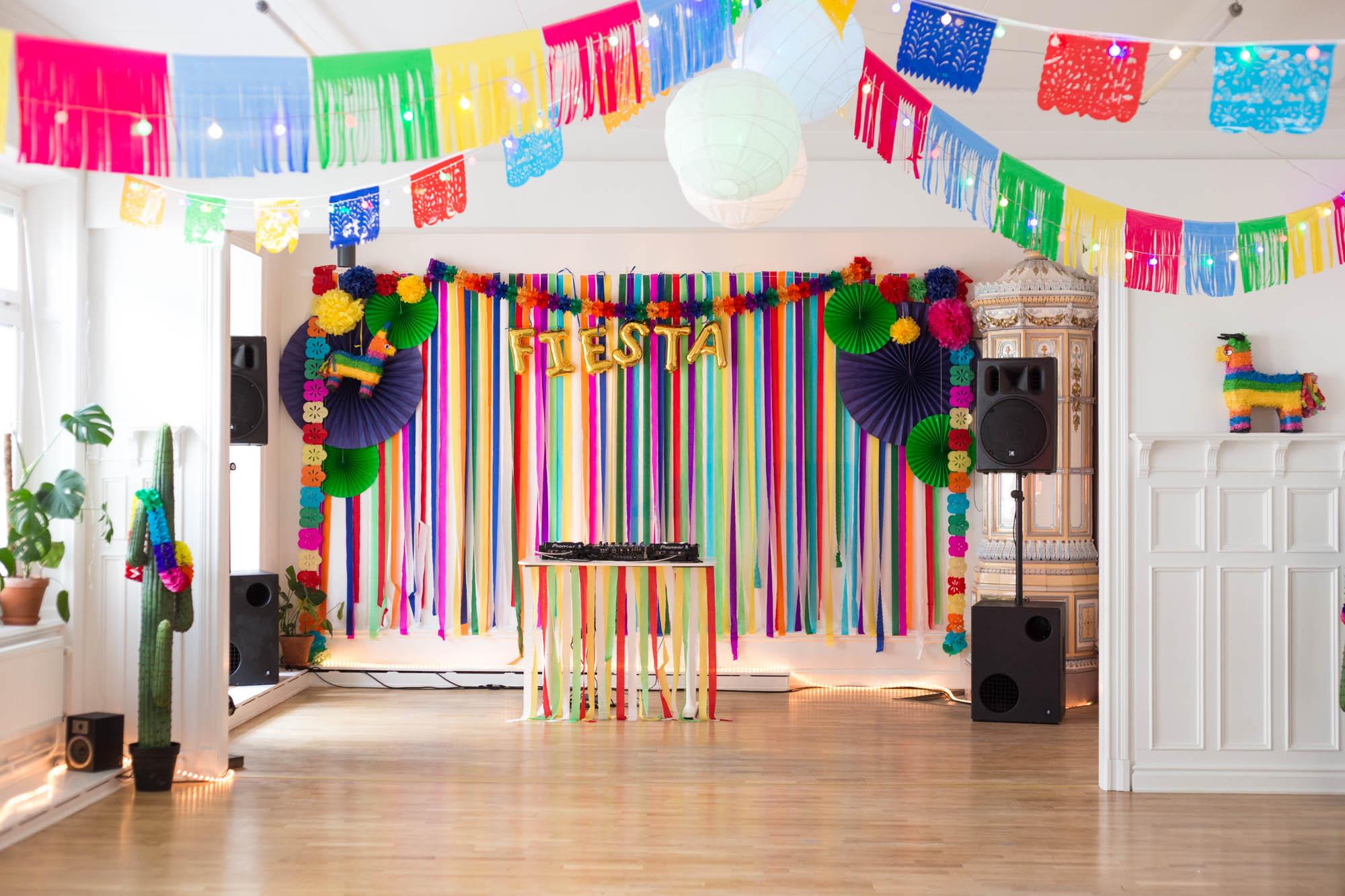 Mexican party decoration idea