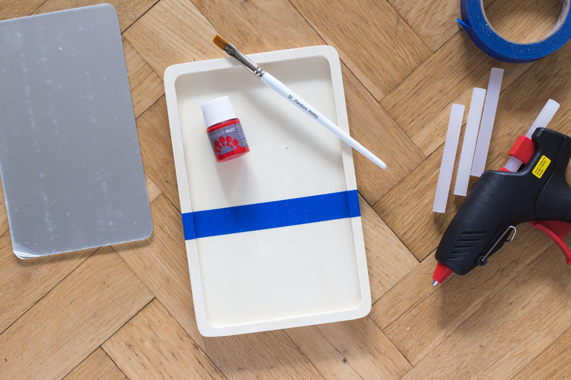 Väggspegel på 3 sätt –Spegel med träram