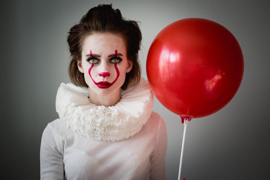 Halloween costume - Pennywise the clown IT