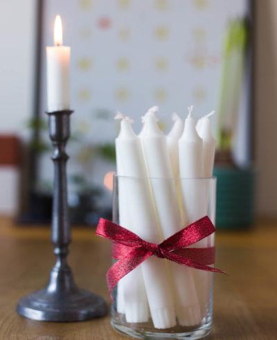 Förvara ljusen i en vas