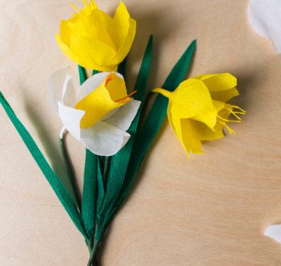DIY - Påsklilja i crepepapper