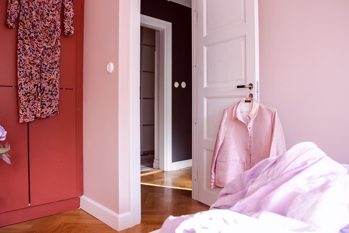 Färgkoder från Jotun Lady Deco Pink och Warm Blush