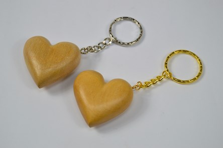 Wooden heart keyring chain