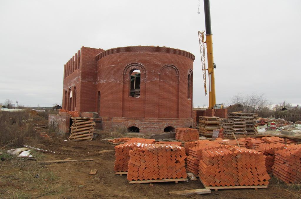 Срочно нужна помощь! В Свято-Елисаветинском женском монастыре (г.Алапаевск) останавливается строительство храма
