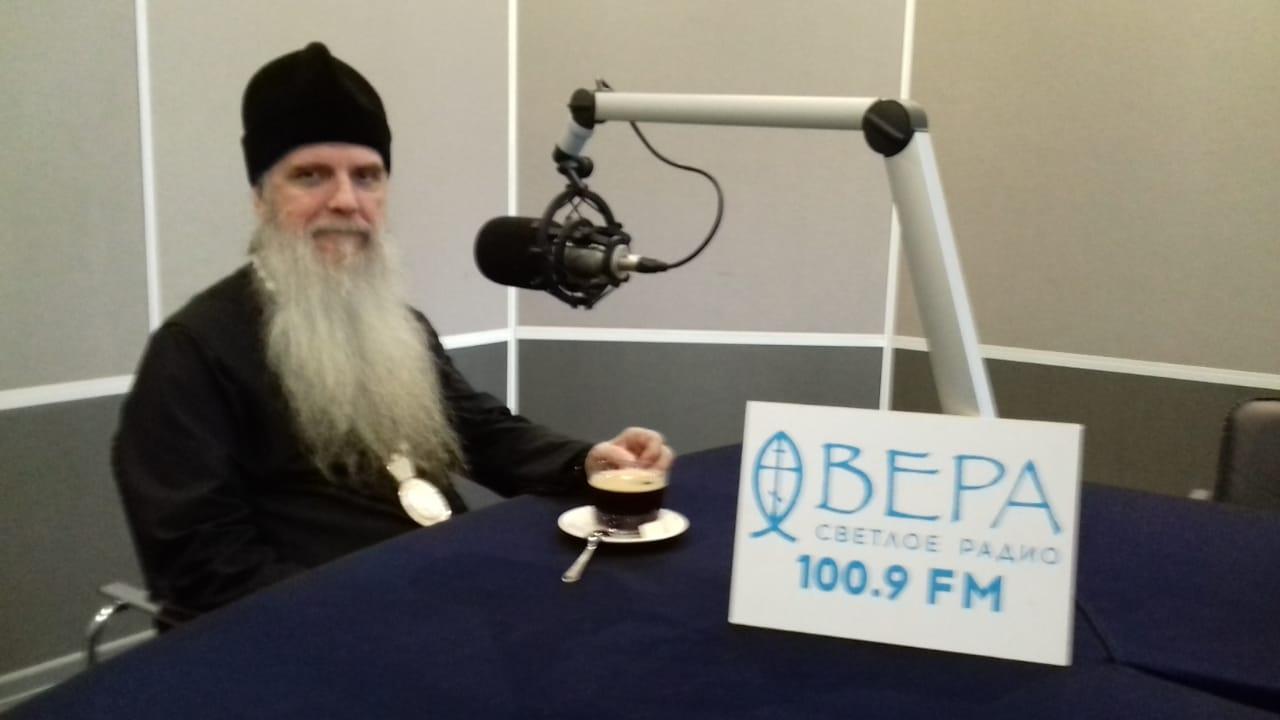 Запись программы «Светлый вечер» с владыкой Мефодием на Радио ВЕРА