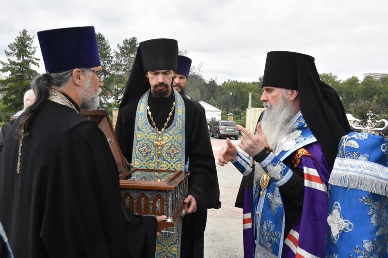 Встреча мощей Святого Симеона Верхотурского и Всенощное бдение
