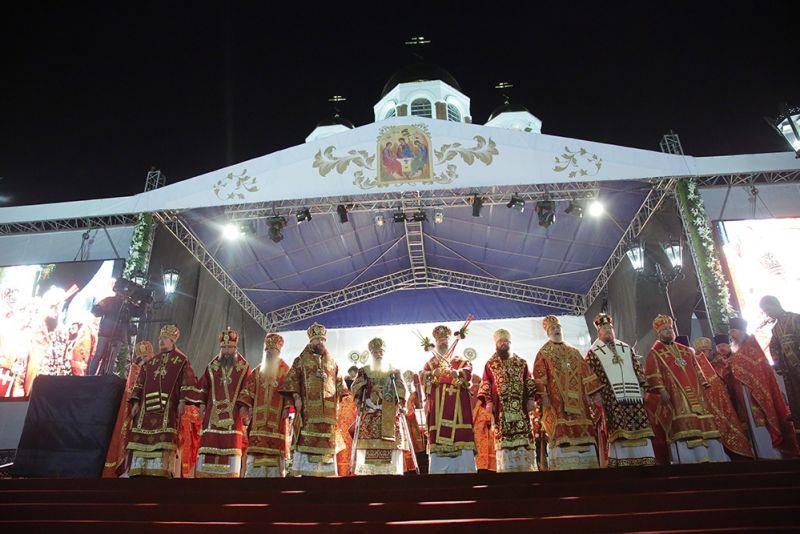У Храма на Крови прошла ночная Божественная литургия — главное богослужение Царских дней