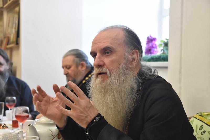 Рождественская встреча епископа Каменского и Камышловского Мефодия с жёнами священников