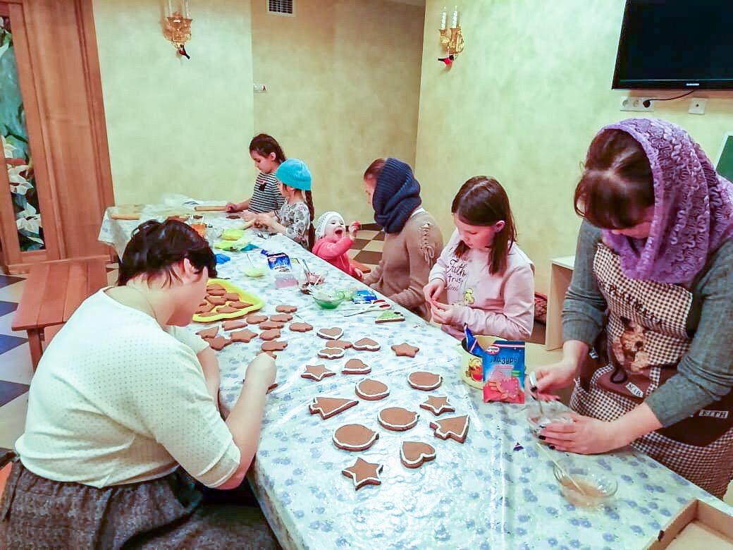 Приход храма Покрова Божией Матери г. Заречный готовится к Рождеству