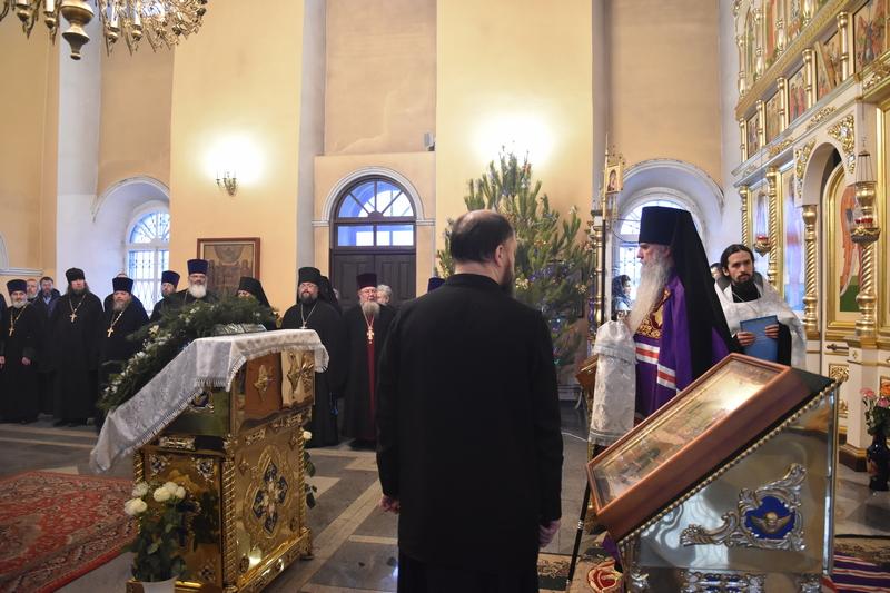 Архиерейское всенощное бдение в Свято-Троицком кафедральном соборе