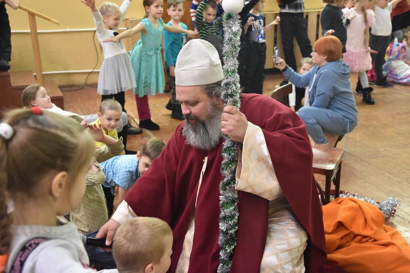 Рождественский праздник в детском оздоровительном лагере  «Исетские Зори»