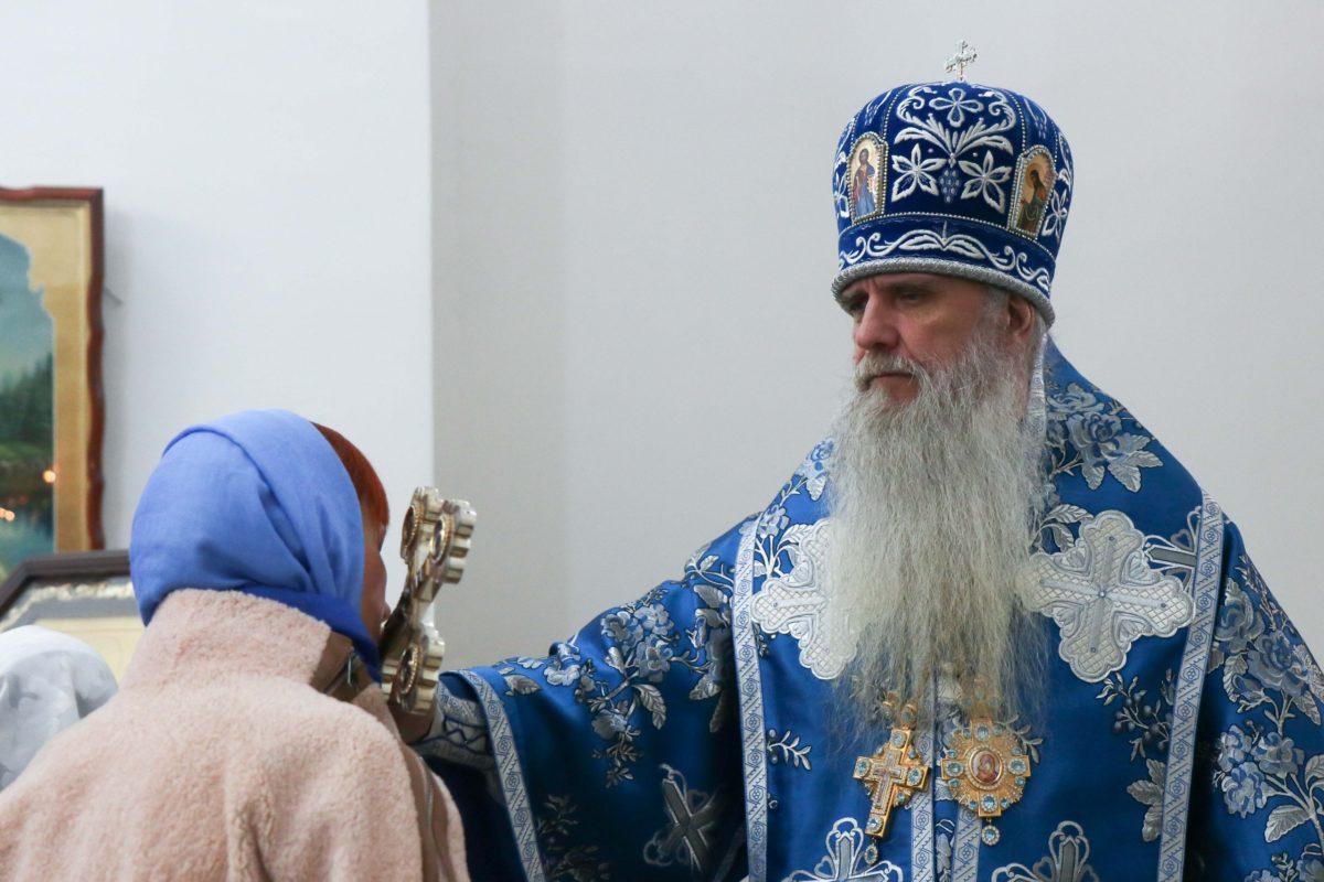 Архиерейская служба в  храме во Имя Святителя Николая Чудотворца (с. Мезенское)