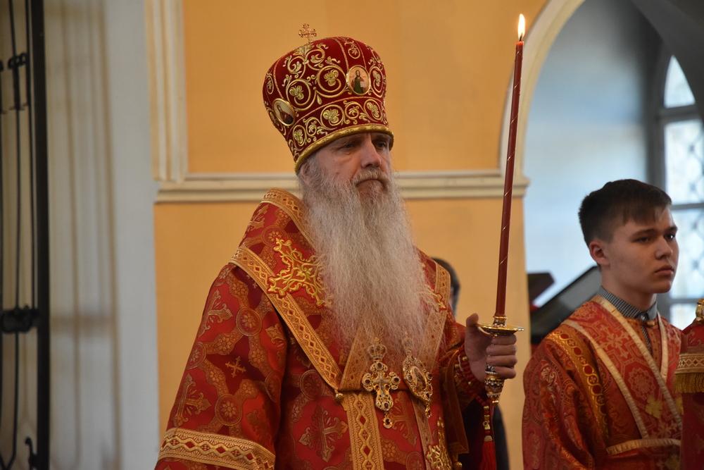 Епископ Мефодий совершил всенощное бдение в канун праздника святого Георгия Победоносца