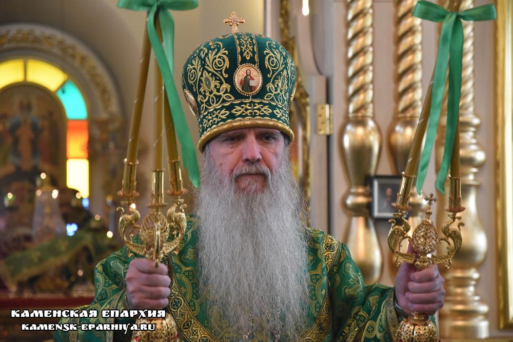 В день памяти прп. Мефодия Пешношского состоялась Божественная Литургия