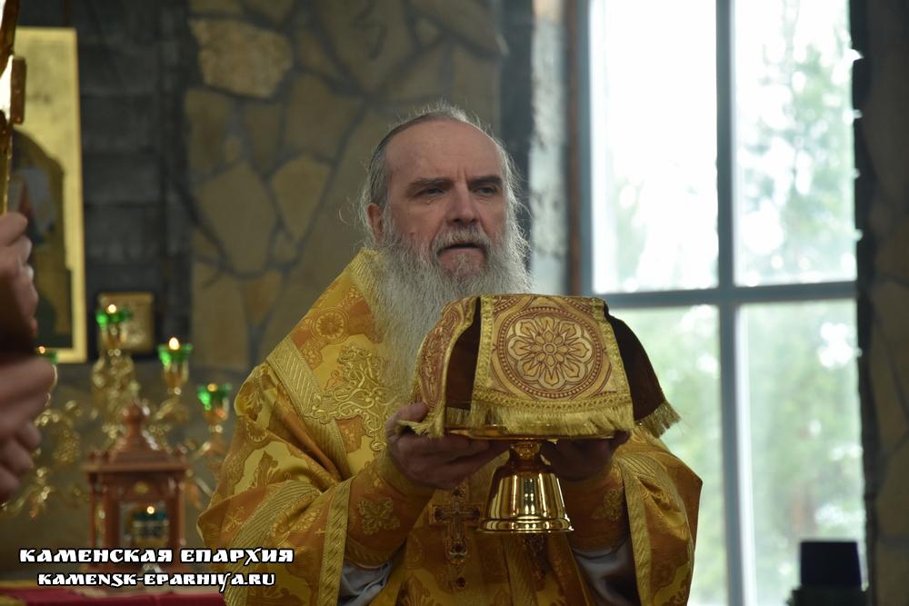Владыка Мефодий возглавил Литургию в день памяти пророка Елисея