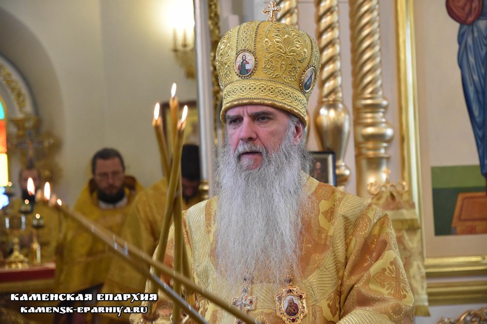 В день памяти святителя Ионы Владыка Мефодий возглавил Литургию