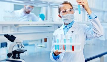 Jak rozliczyć szczepienie pracowników w PIT i ZUS?