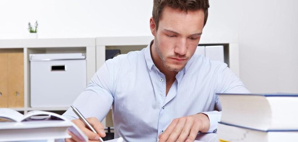 Praktyki studenckie w administracji są nieodpłatne.