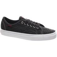 AV Classic (Independent) Black Shoe XB4AZ3