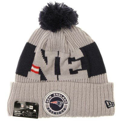 NFL Sideline Bobble Knit 2020 Reverse Beanie - New England Patriots
