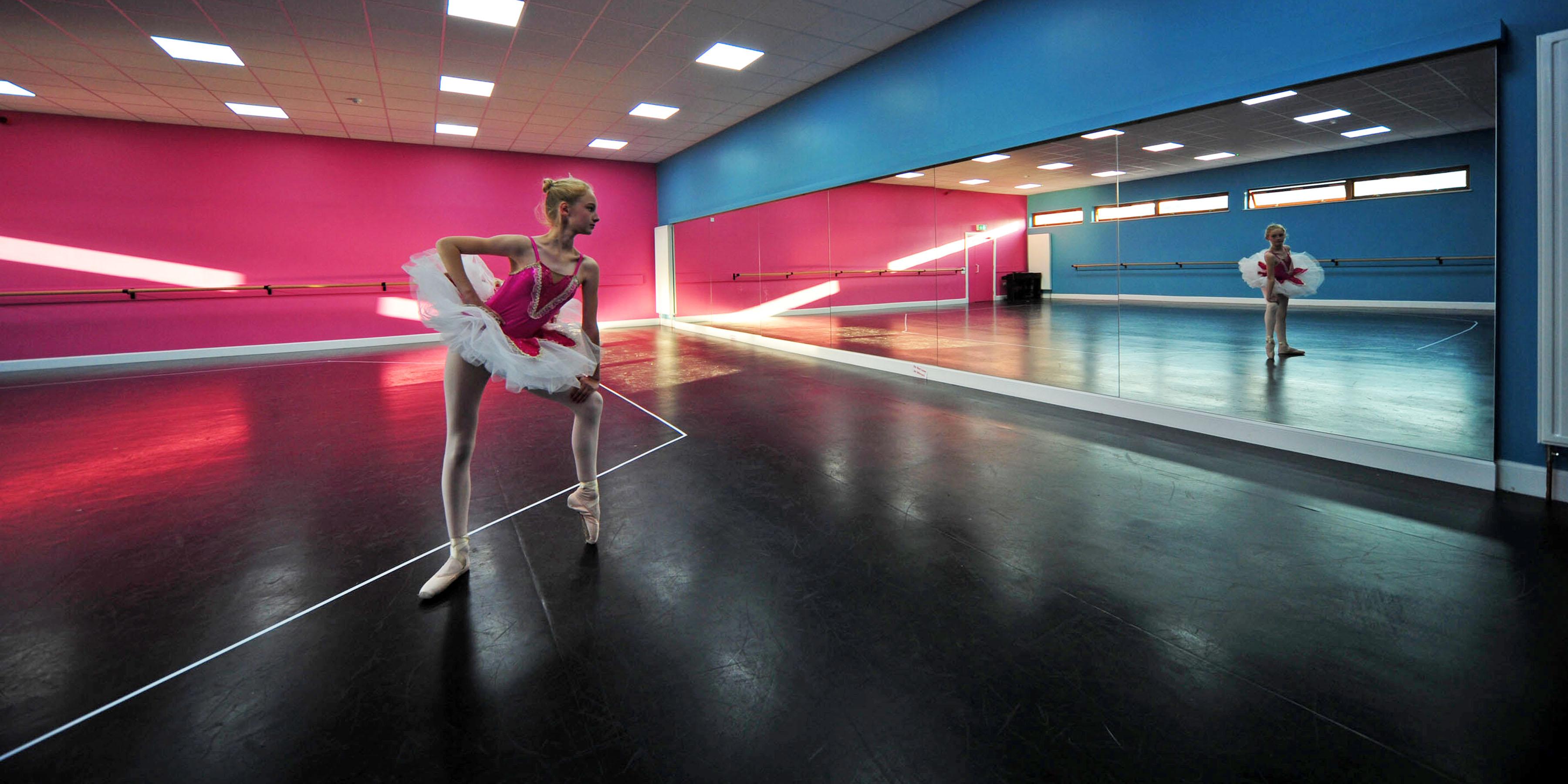 Harlequin Dance Floor S Carpet Vidalondon