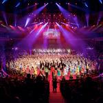 Thumbsq_dance_proms_finale_54-photo_by_elliott_franks_(1)
