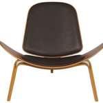 Hip Props - Hans Wegner CH07 chair - Kays