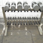 Thumbsq_dumbell-rack-modern