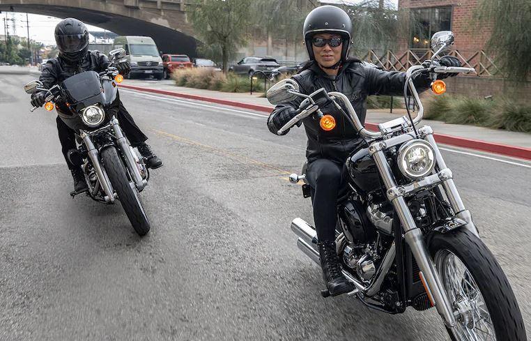 Mejores motos para viajar: Harley Davidson Softail Standard 2020