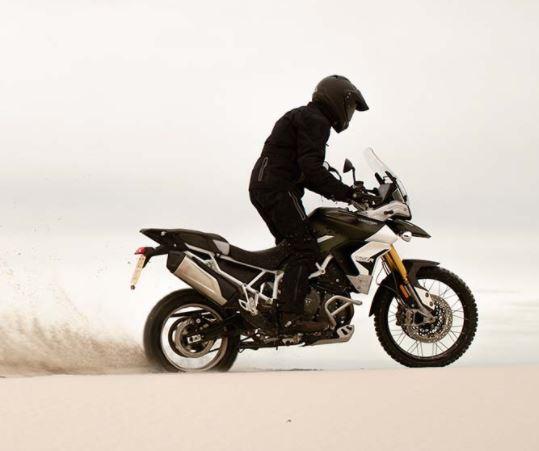 Mejores motos para viajar: Triumph Tiger 900