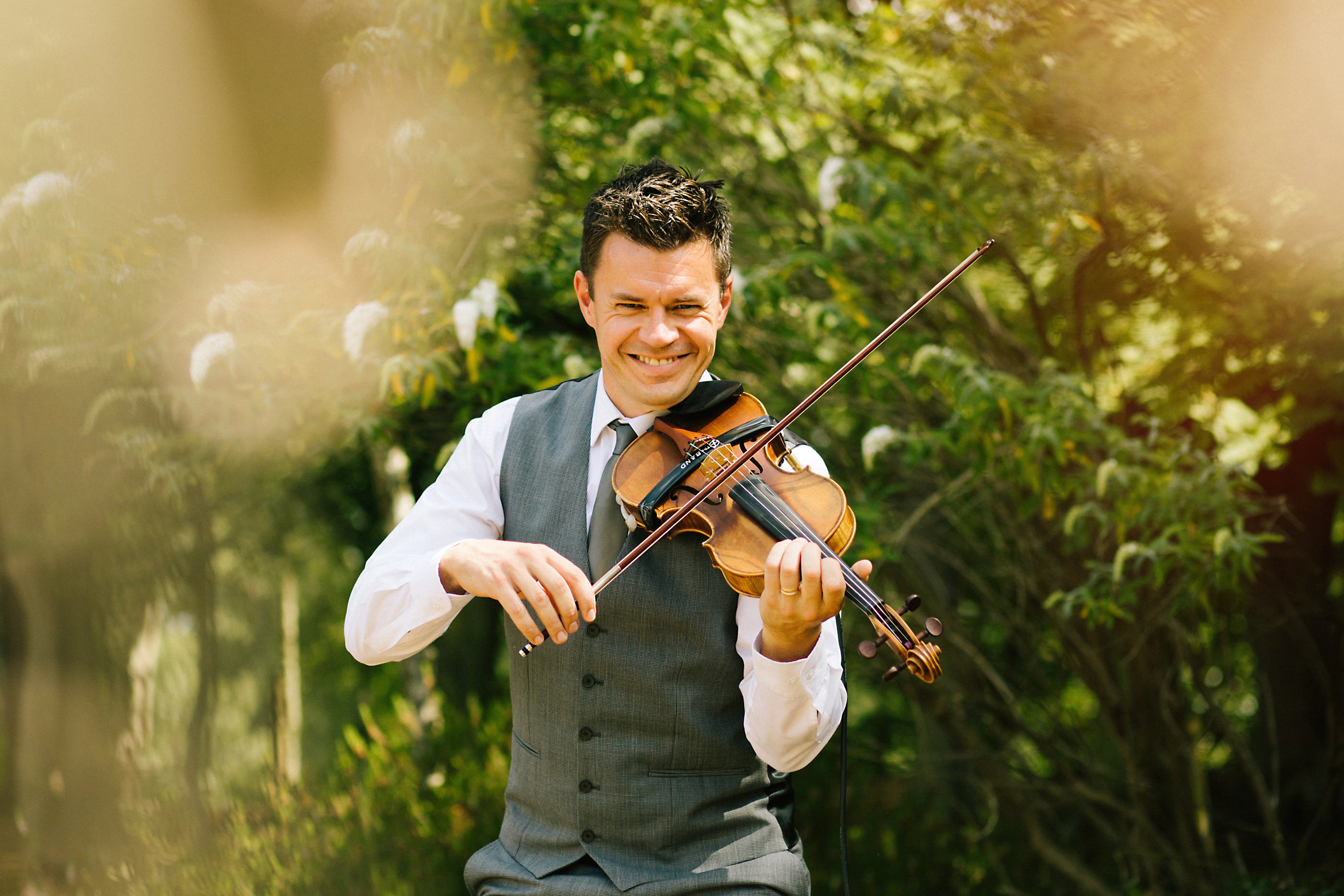 violinist at nunsmere wedding