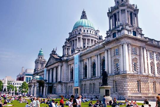 Belfast City Day Tour from Dublin