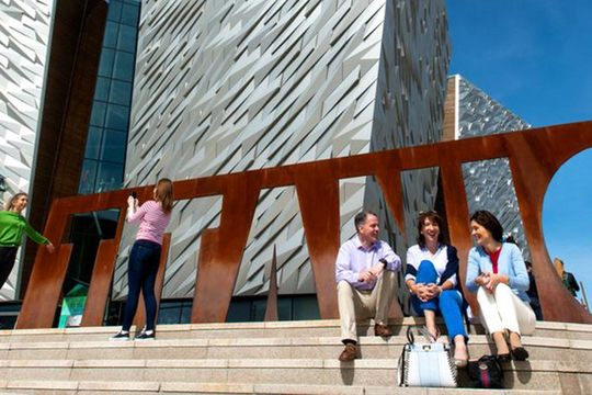 Private Belfast Day Tour From Dublin