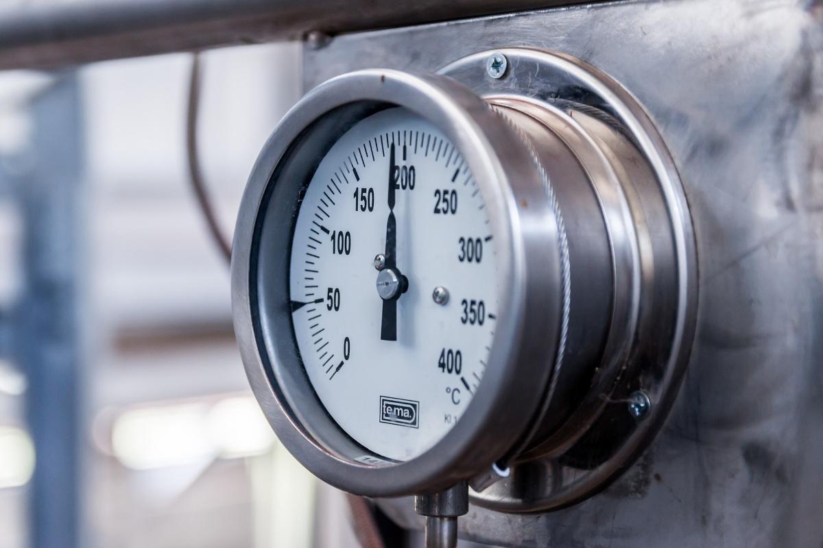 pressure-2809775_1920 - Kiasu Workforce