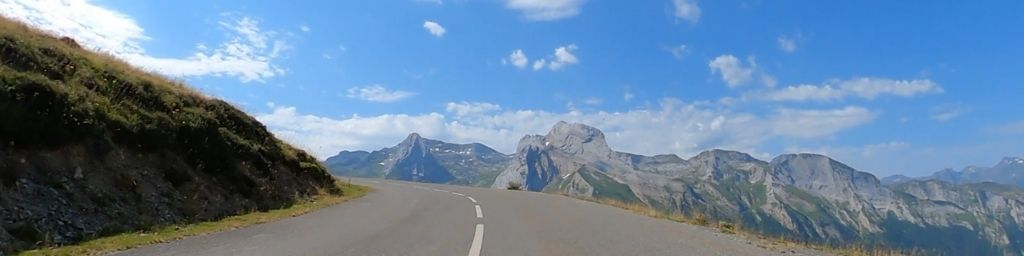 Pyrenees Road Cycling - Full HD