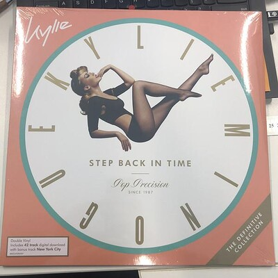 MINOGUE, KYLIE - STEP BACK IN TIME- The Defenitive collection (2LP)