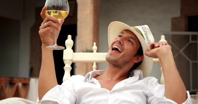 terrace_chair_man_wine_glas_holiday.jpg