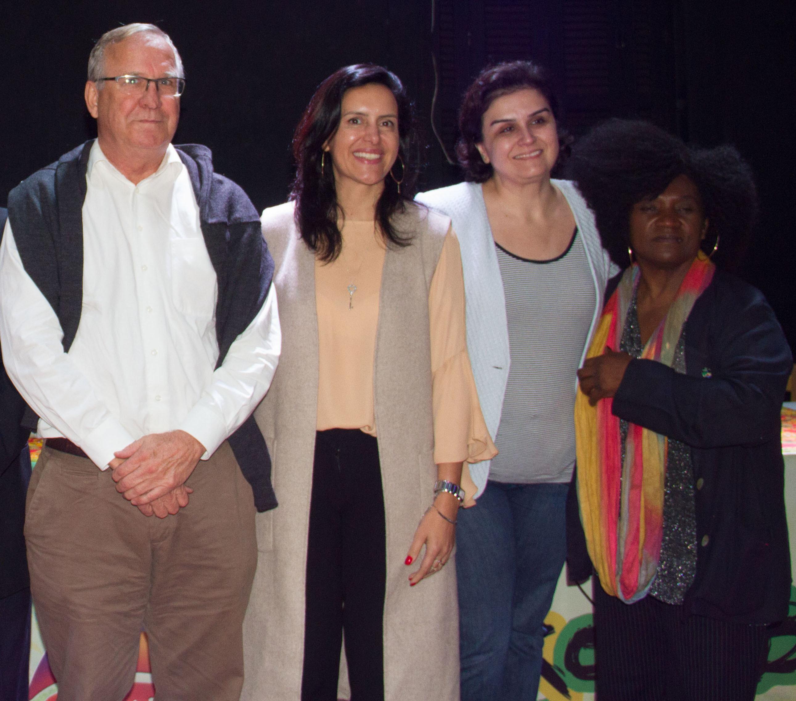 Fv. Sven Blikstad, Juliana M. Gottardi, Ana Ferreira, samt Ordalina Felipe (fra det gamle styret).