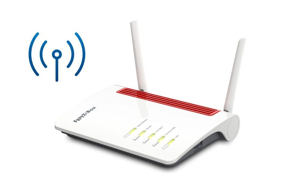 De to antenner er med til at give routeren en fin rækkevidde.