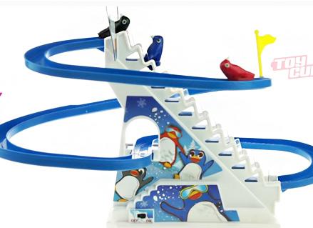 משחק מדרגות נעות פינגווין