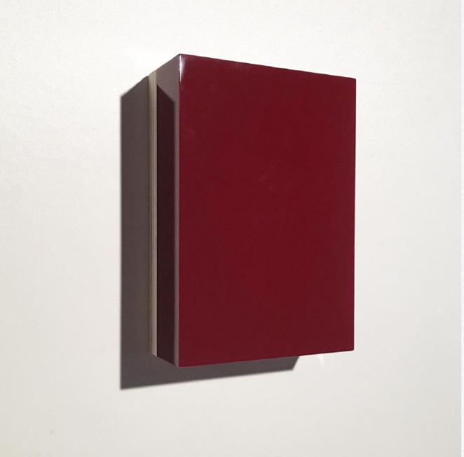 Nicolò Baraggioli, BD3, 2017, 21x15x6cm, Bordeaux plexiglas on wooden panel