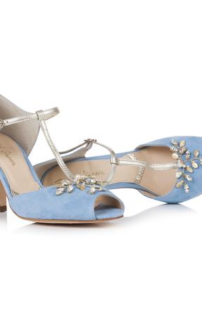 Rss   amalia blue pair lying down