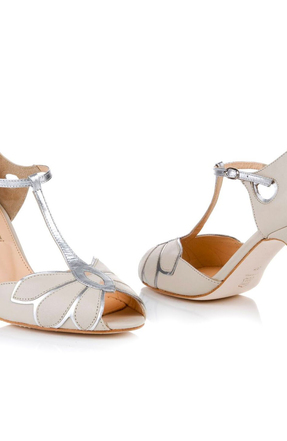 Rss   mimosa ivory pair toe to toe