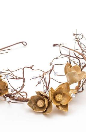 Bezel anemones