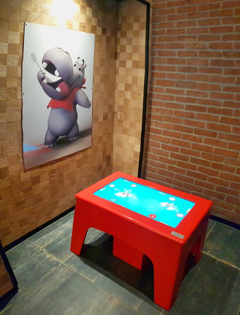 Interactive games and digital space at Hippopotamus